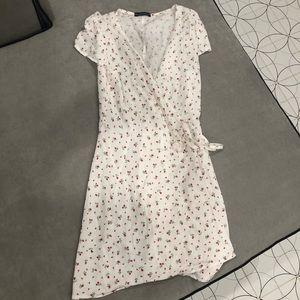 Brandy Melville wrap dress
